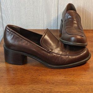 EUC Franco Sarto brown leather loafers sz 7m